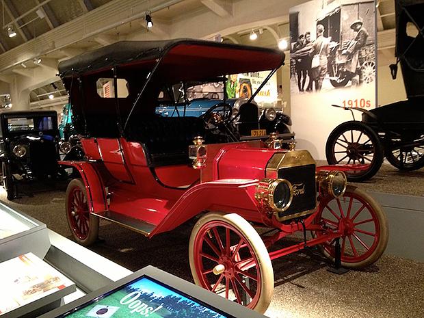 T型フォード車